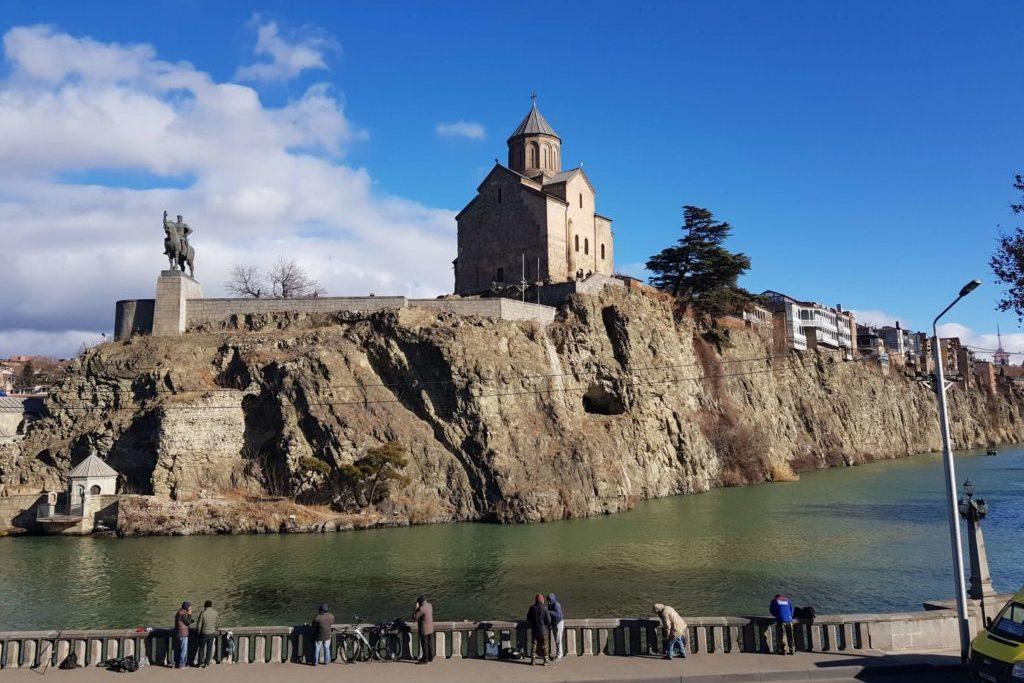 Что посмотреть в старом Тбилиси Храм Метехи