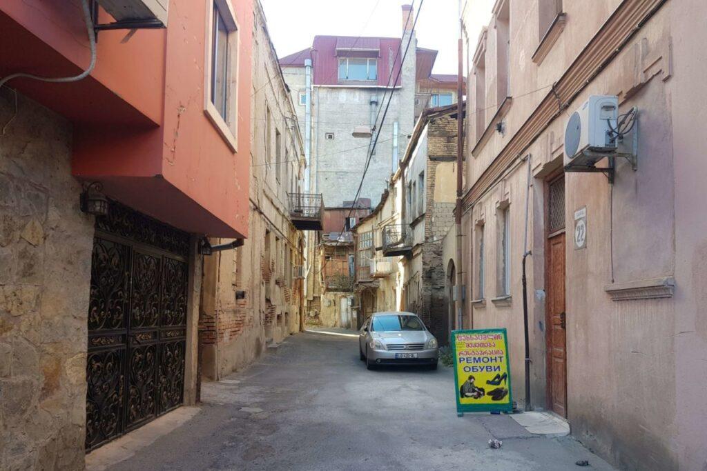 Взять машину в прокат Тбилиси