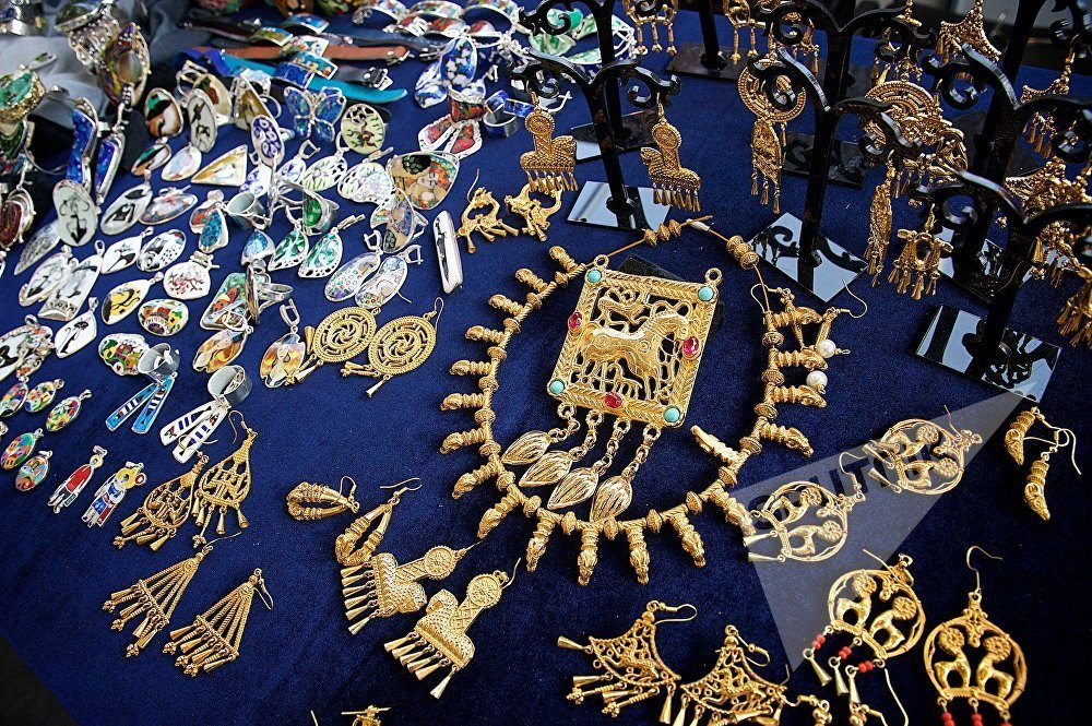 Традиционные украшения Грузии
