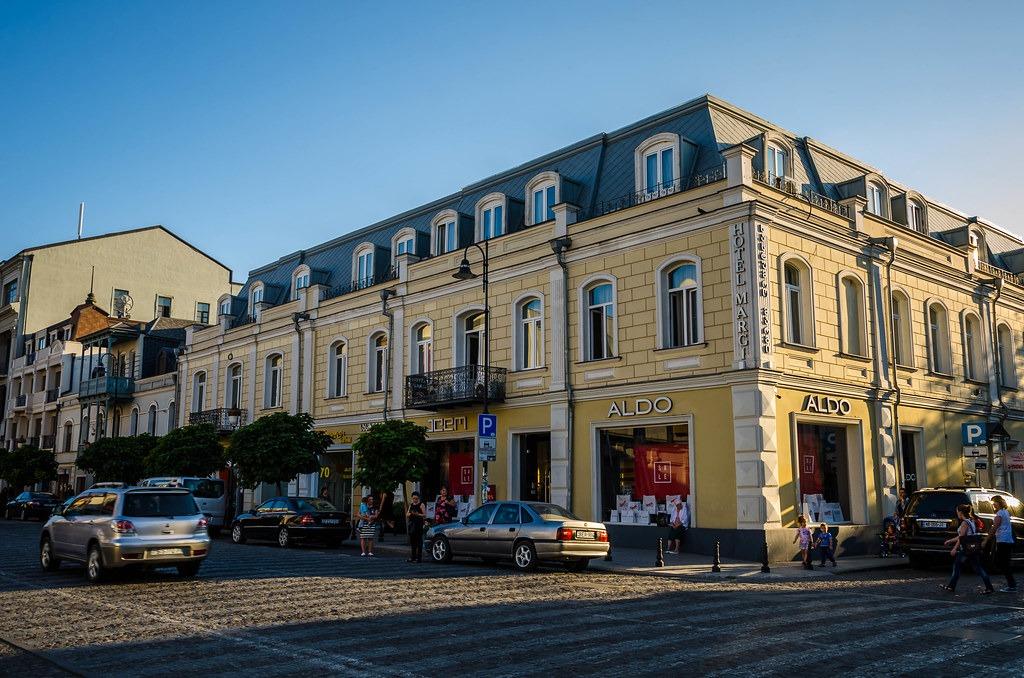 Где прогуляться в Тбилиси - Проспект Маржанишвили Тбилиси
