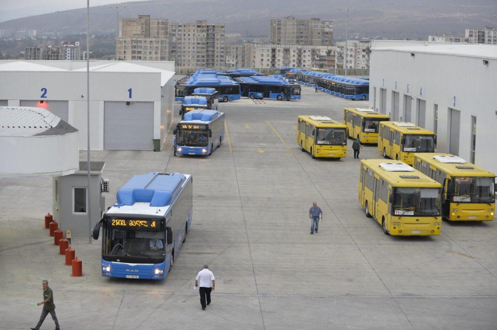 На чем перемещаться по Тбилиси - Городские авНа чем перемещаться по Тбилиси - Городские автобусы Тбилиситобусы Тбилиси