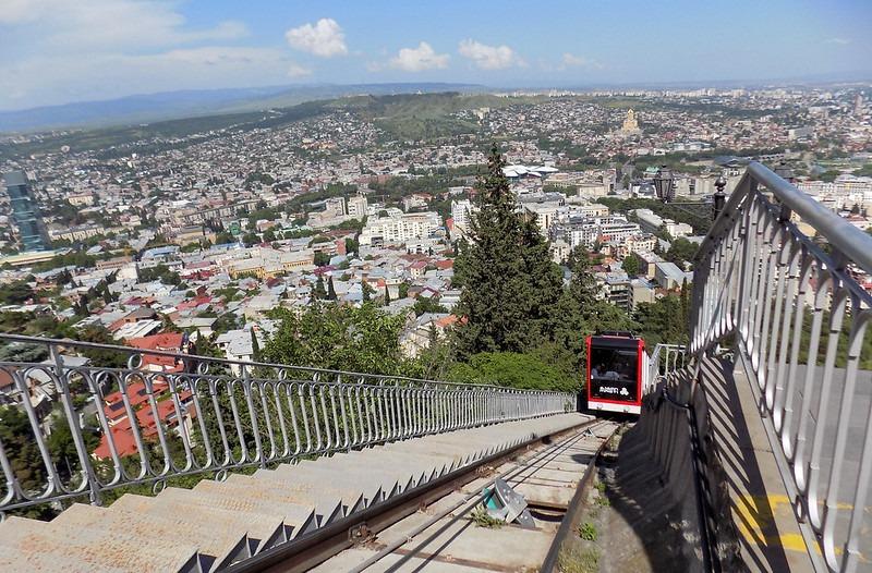 Как добраться до горы Мтацминда Тбилиси - фуникулер на гору