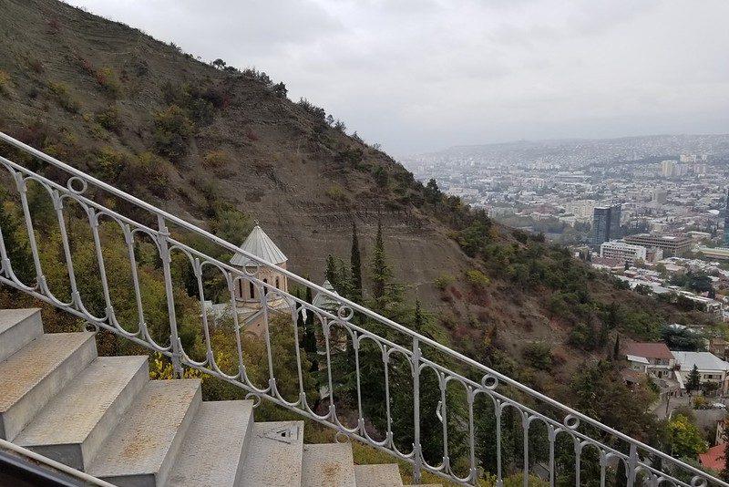 Достопримечательность Тбилиси - Пантеон писателей на горе Мтацминда