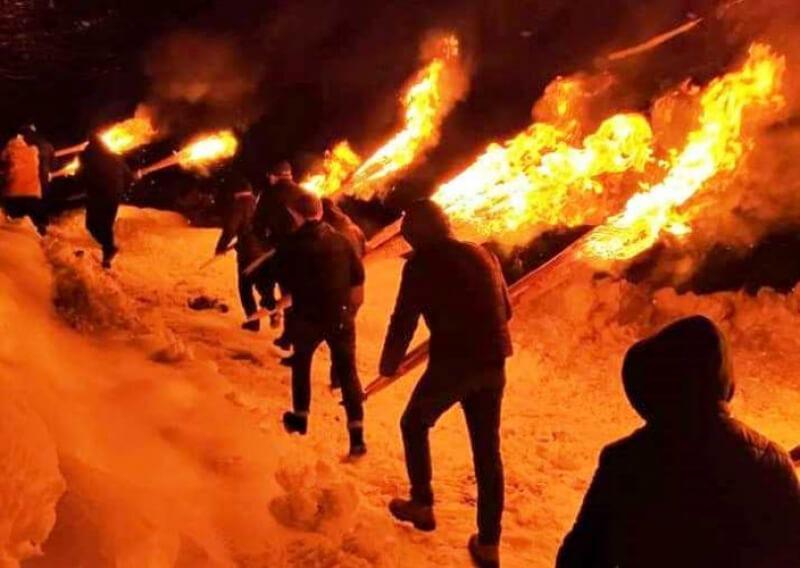 Лампроба - традиционное факельное шествие в Грузии