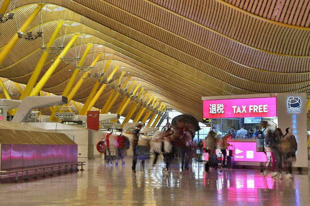 Пункт Tax Free в аэропорту