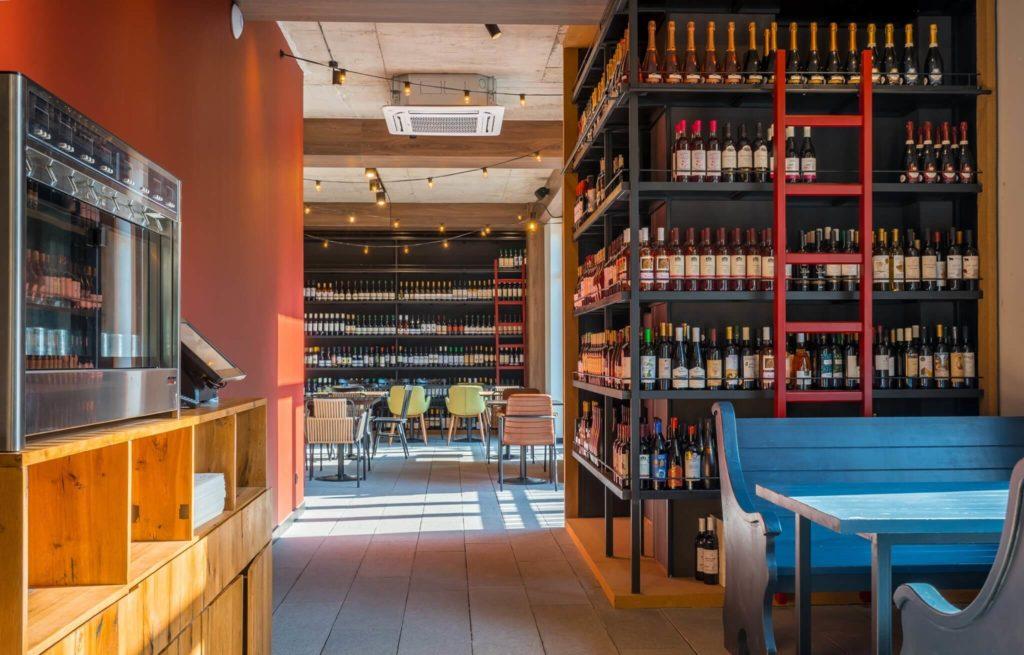 8000 vintages - винный бар в Тбилиси Грузия