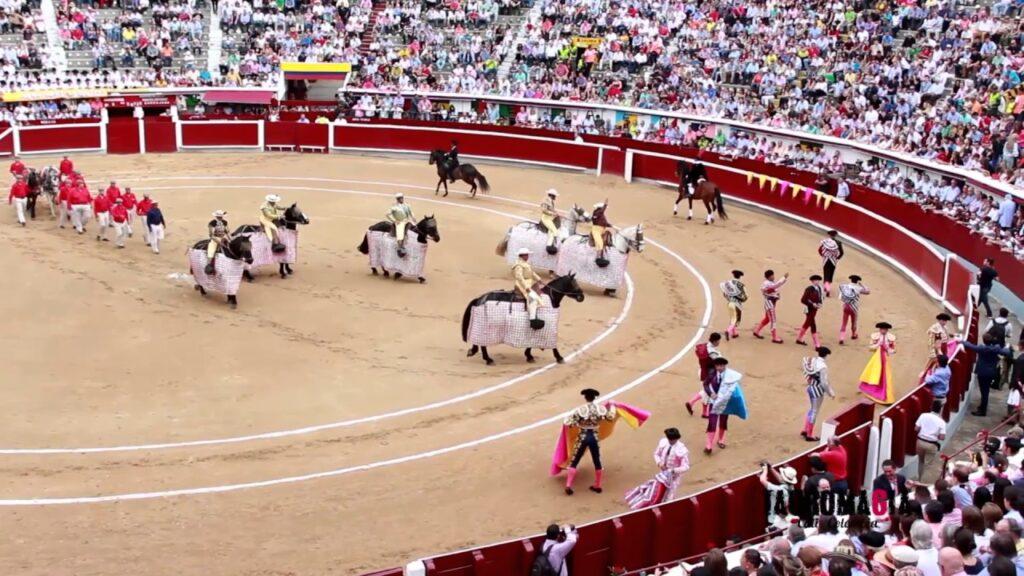 С чего начинается коррида - с парада paseillo