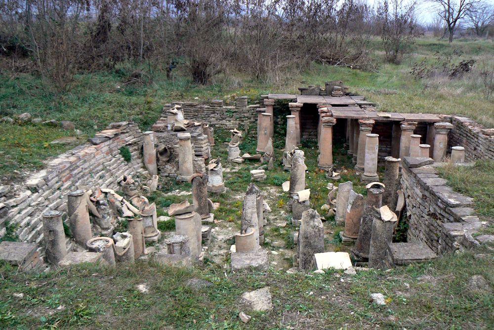 Руины Дзалиси недалеко от Тбилиси