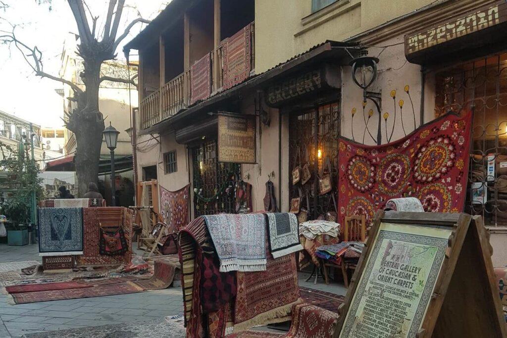 Грузинские ковры как сувенир