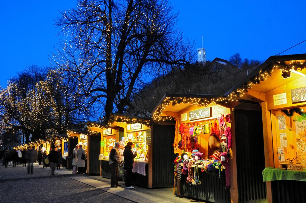 Праздничные ярмарки в столице Словении Любляне