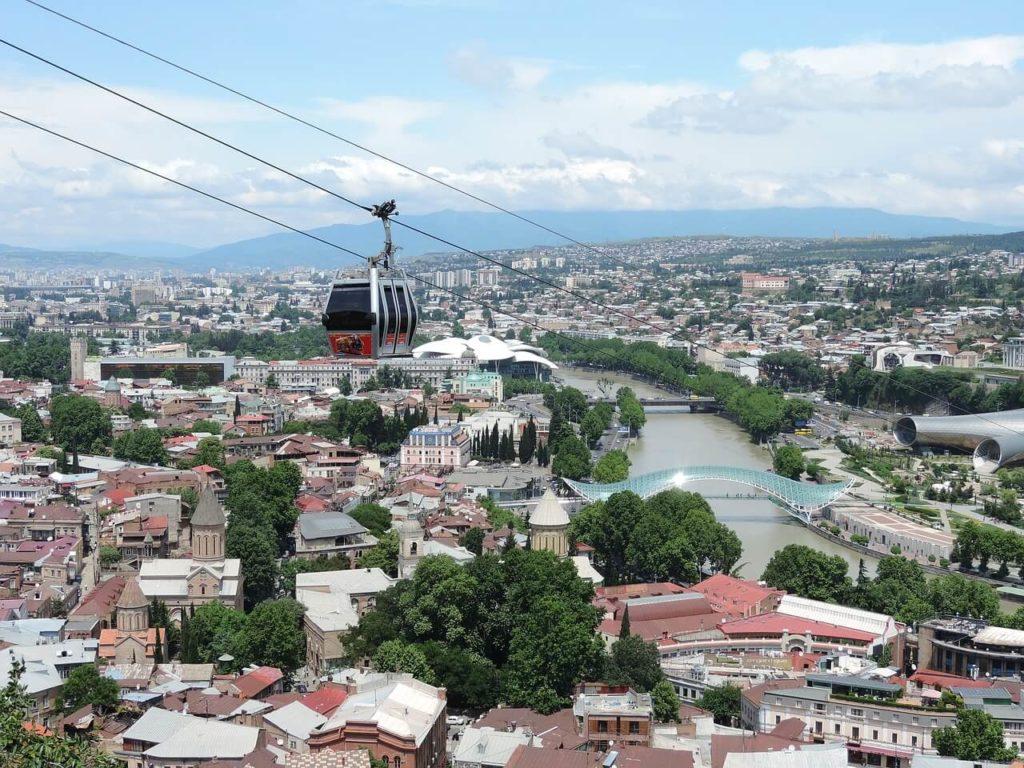 Погода осенью в Тбилиси