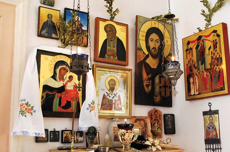 Антиквариат и иконы в Грузии - можно ли вывозить драгоценности из Грузии