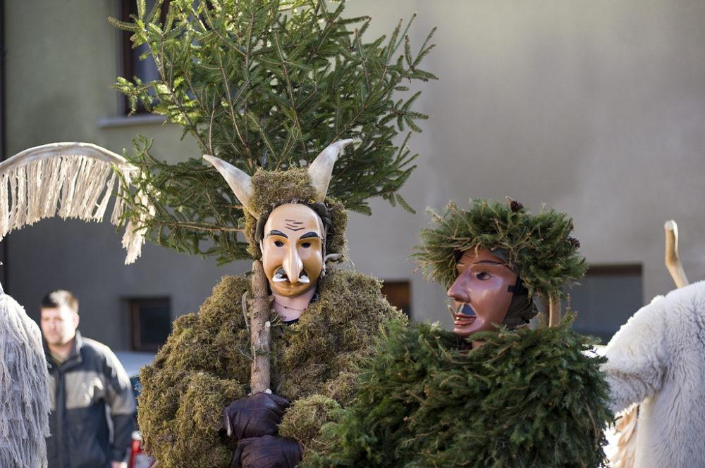 Лауфары на карнавале в Словении