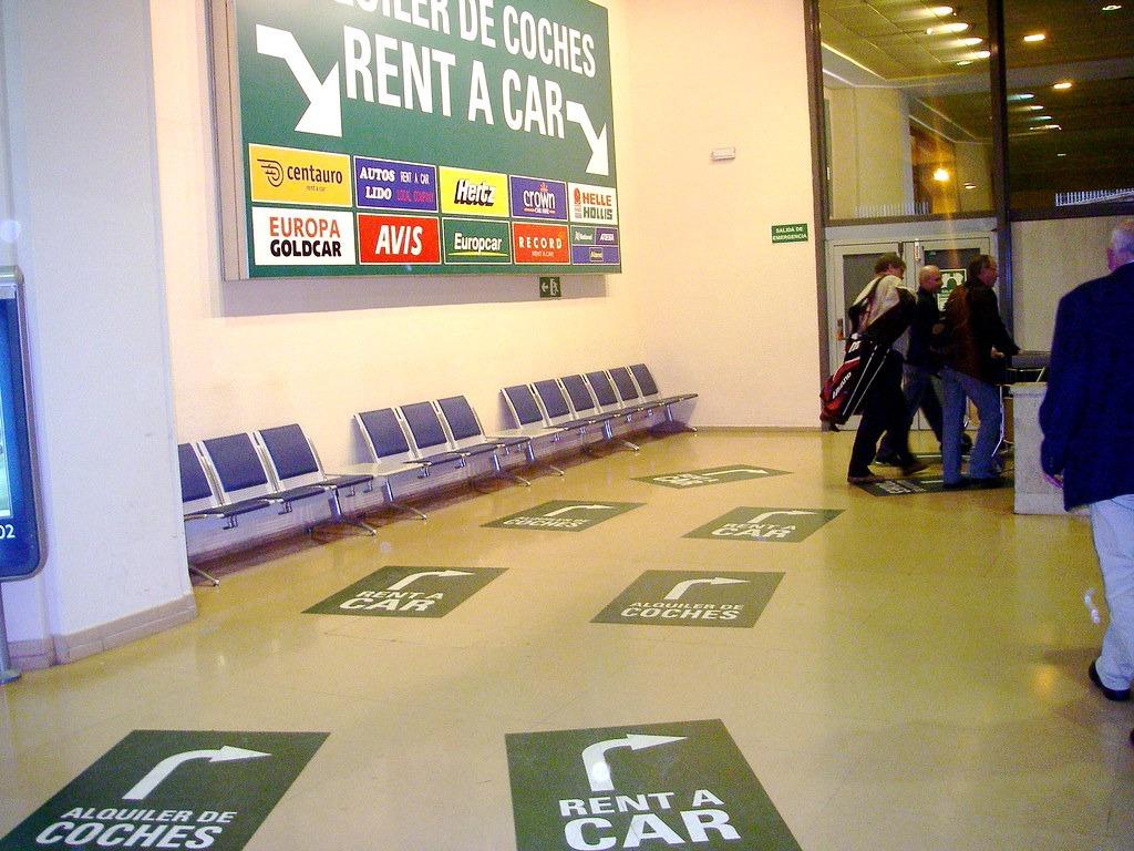 Прокат авто в аэропорту Испании