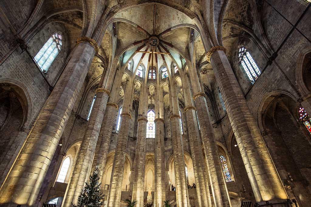 Базилика Санта Мария дель Мар, Барселона