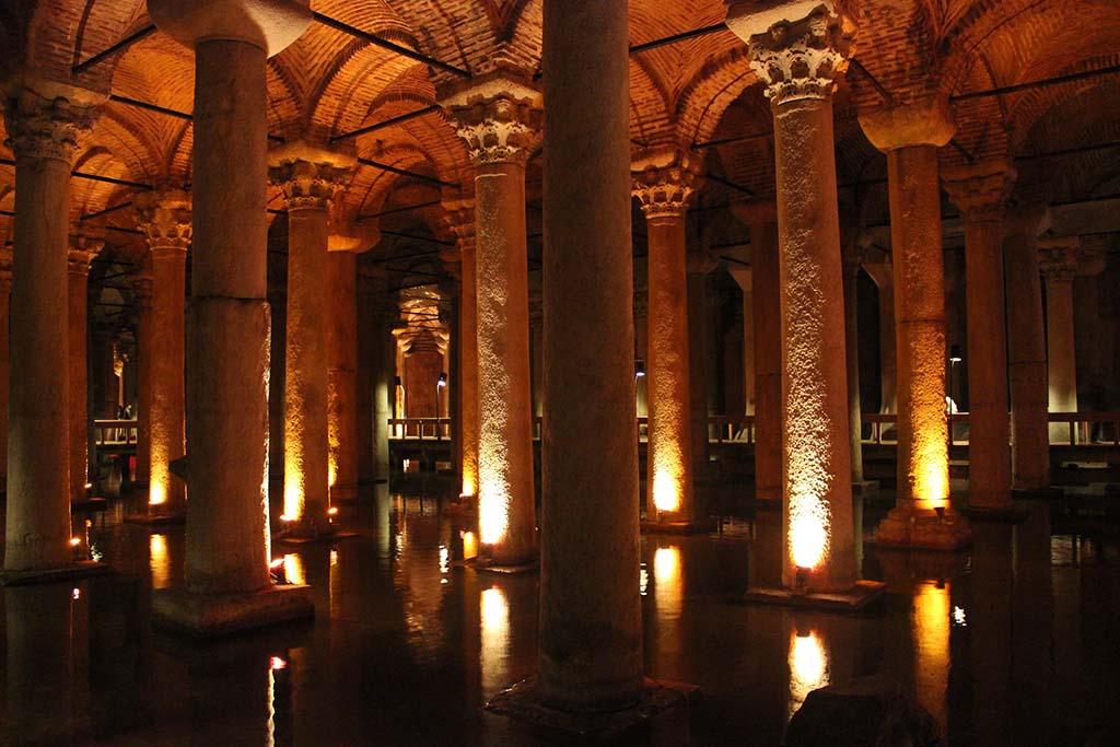Цистерна Базилика 1 в Стамбуле