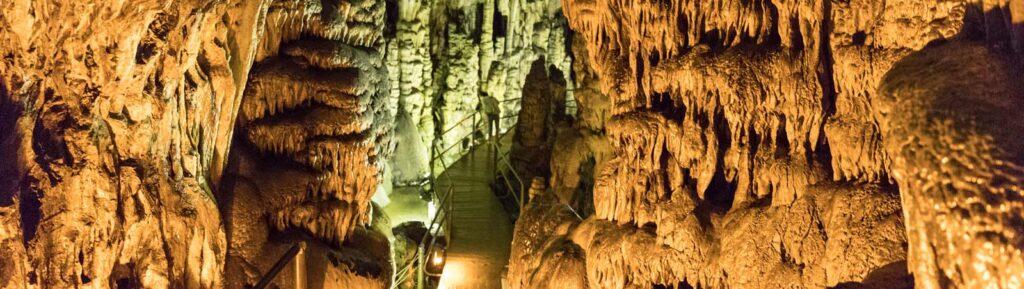 Диктейская пещера на Крите