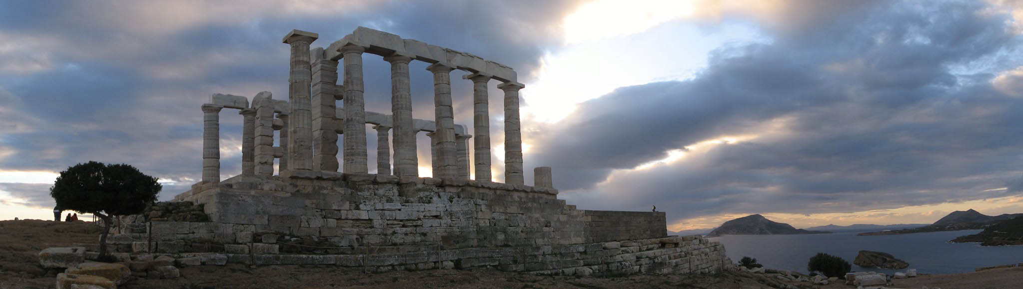 Храм Посейдона на мысе Сунион в Афинах