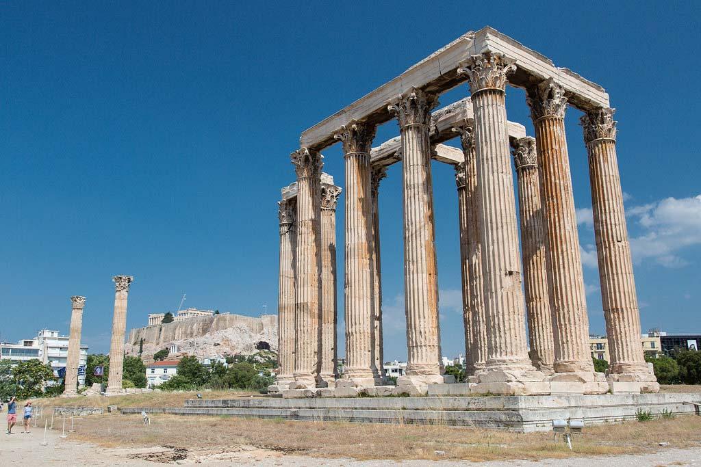 Достопримечательность Афин — Храм Зевса Олимпийского