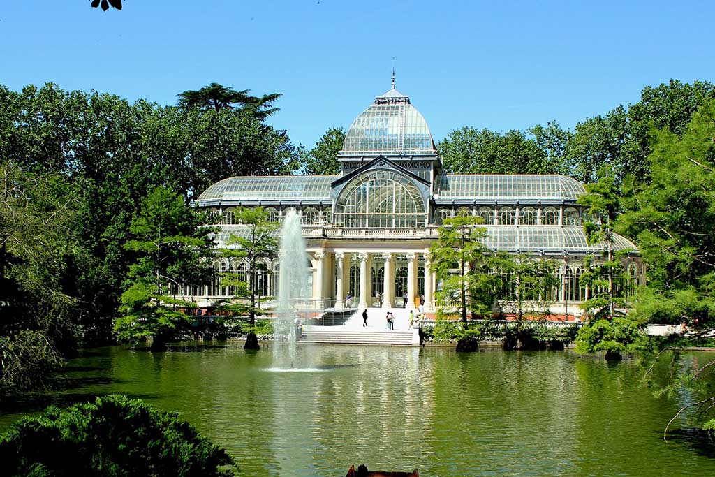 Достопримечательность Мадрида — Хрустальный дворец