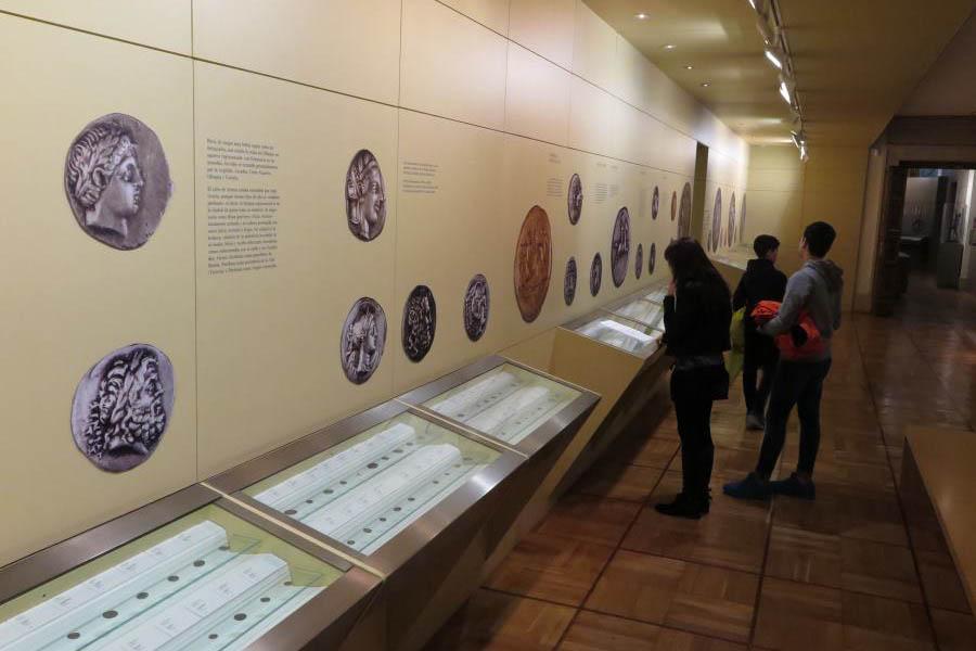 Монеты в мадридском музее денег
