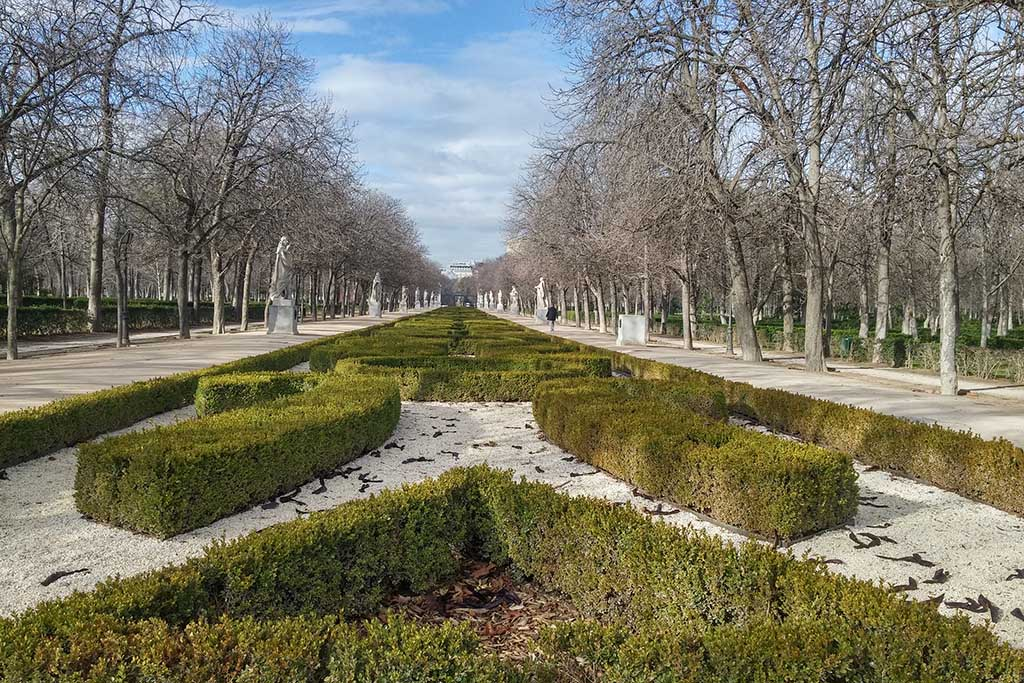 Лучшее место для прогулок в Мадриде — парк Ретиро