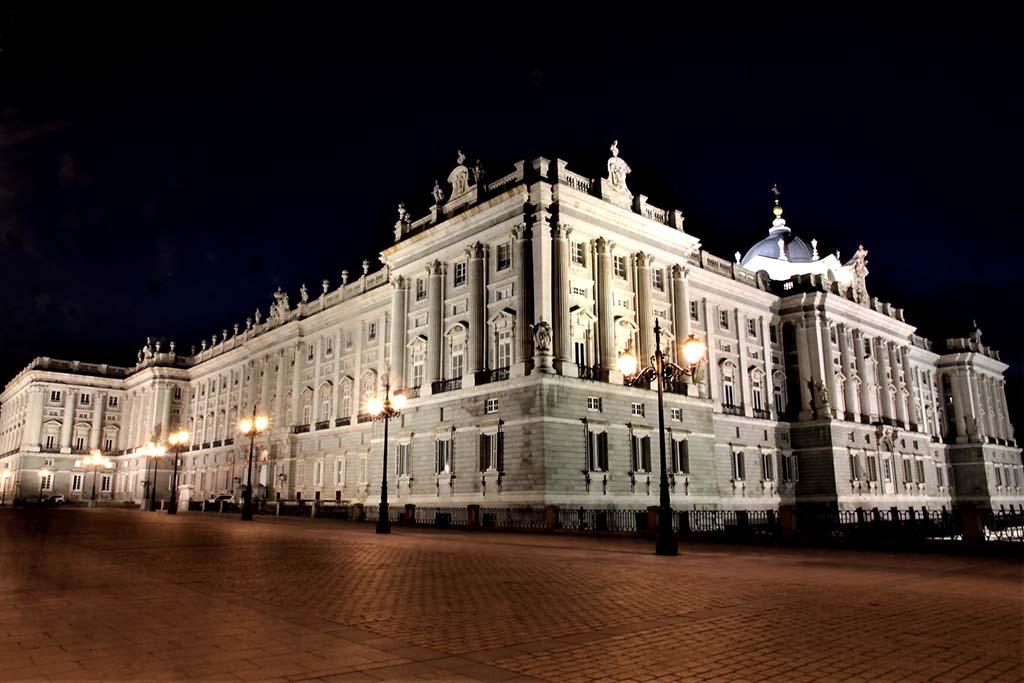 История Королевского дворца, Мадрид