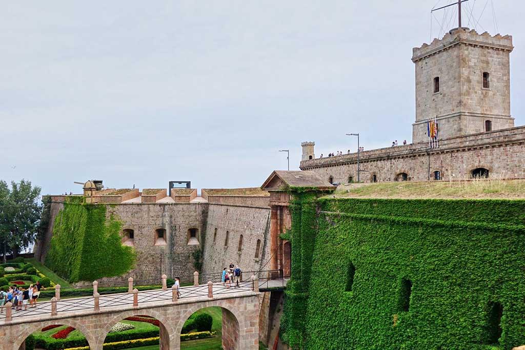 Достопримечательность Барселоны — Крепость Монтжуик