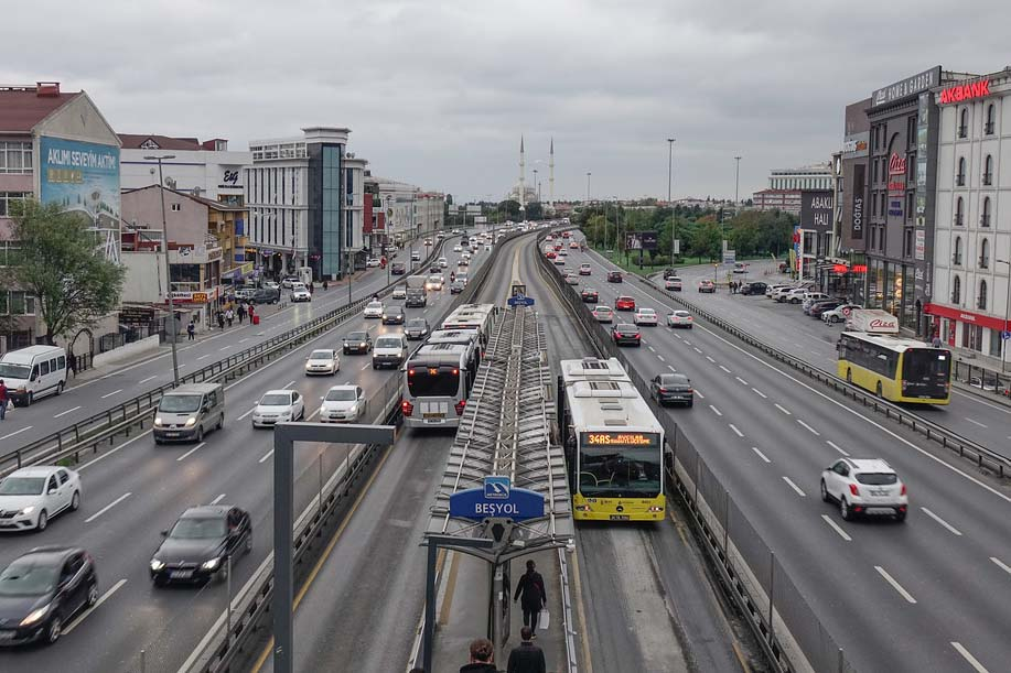 Метробусы Стамбула, скоростные автобусы
