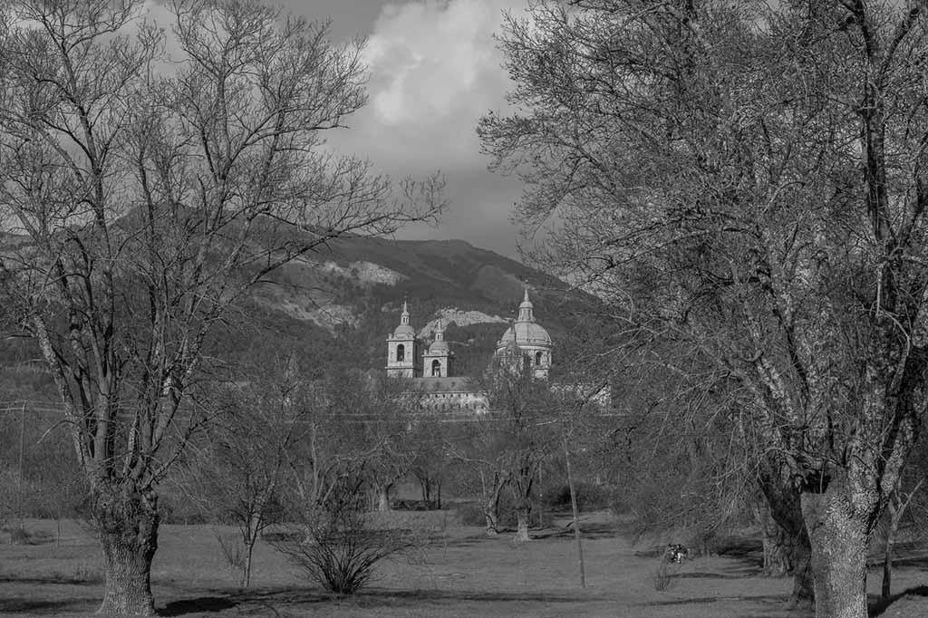 Эль Эскориал — монастырь
