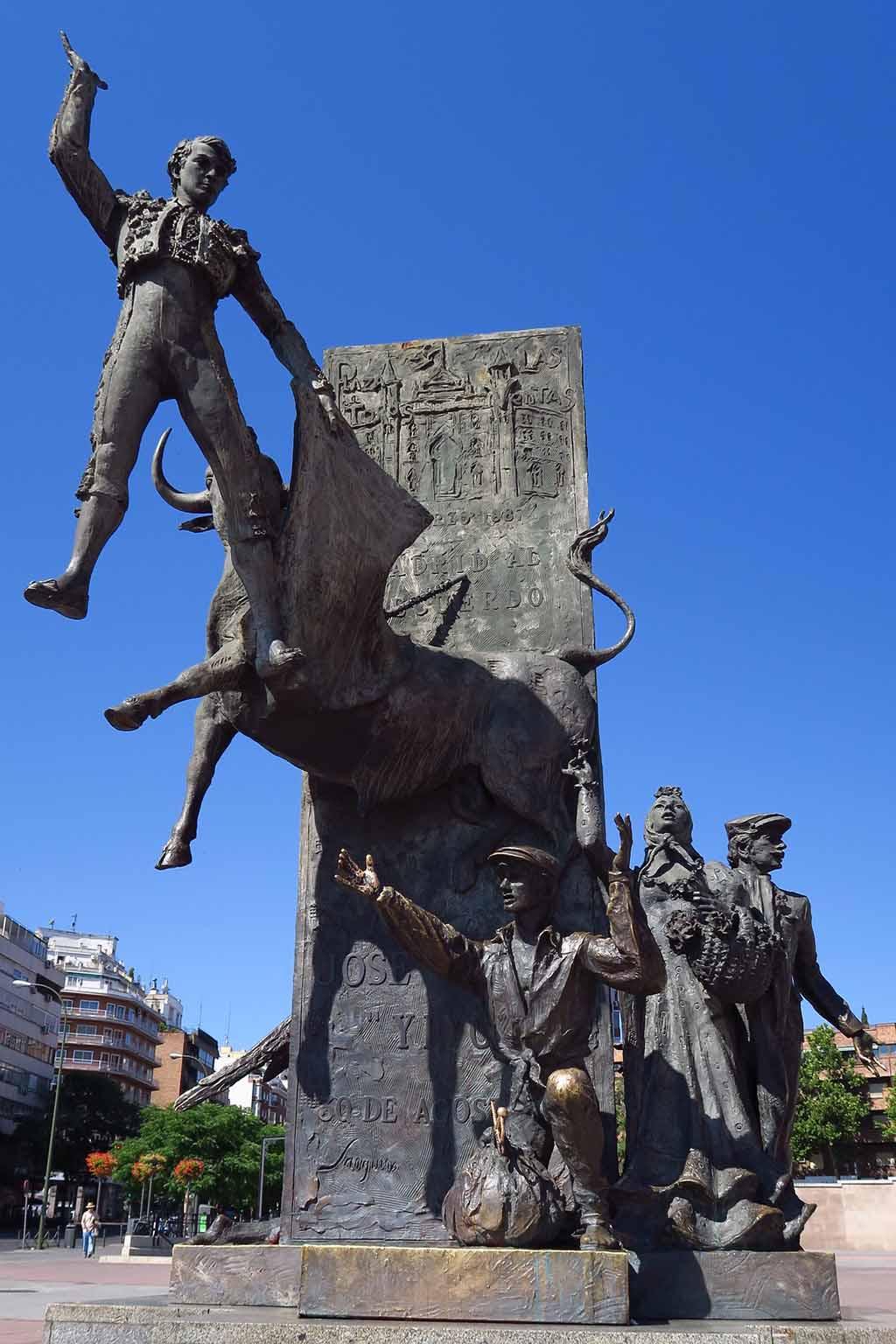 Результаты поиска Все результаты Памятник тореадору в Мадриде