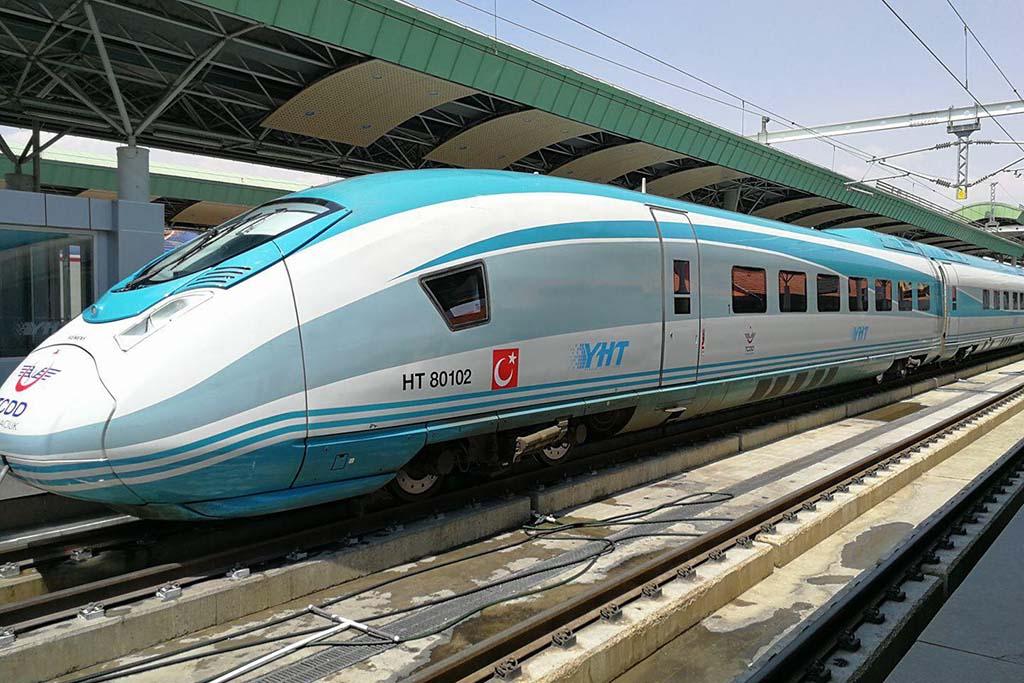 Поезда Турции