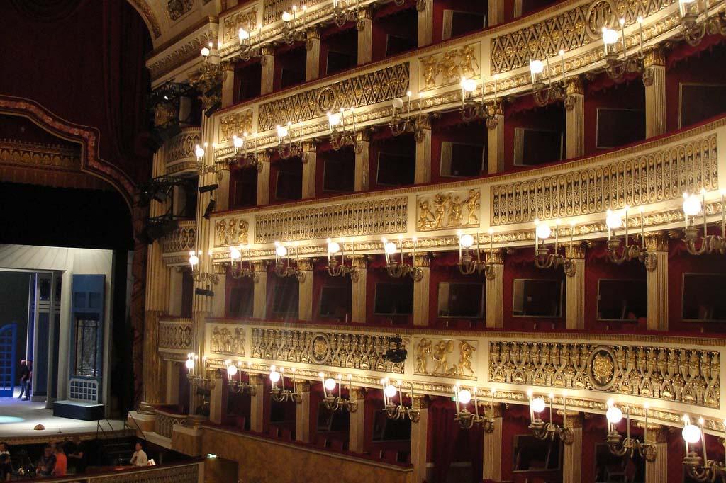 Какие места выбирать в оперном театре в Мадриде