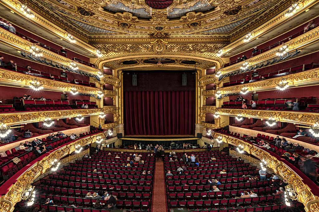 Где находится Оперный театр в Барселоне