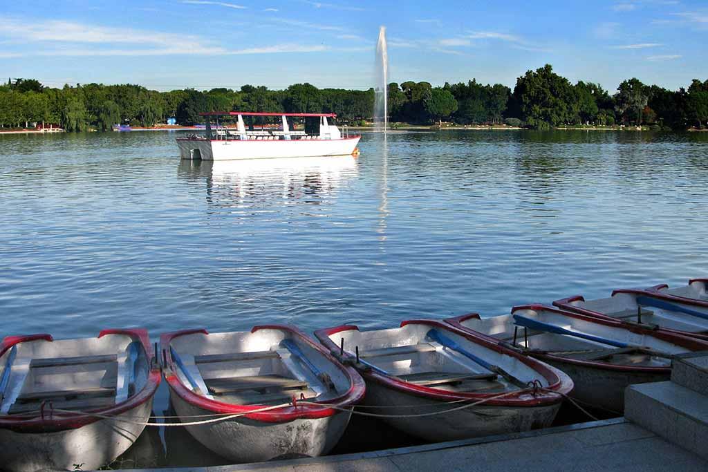 Прокат лодок в парке Каса де Кампо, Мадрид