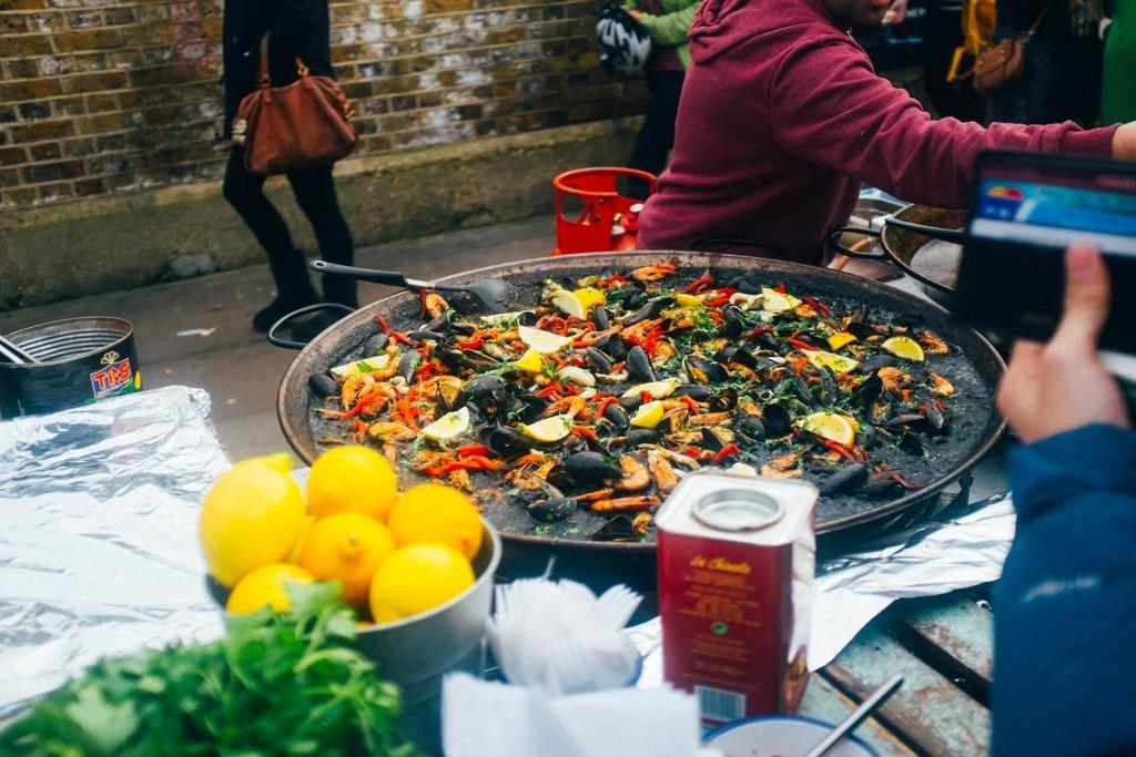 Традиционные блюда из морепродуктов в Испании