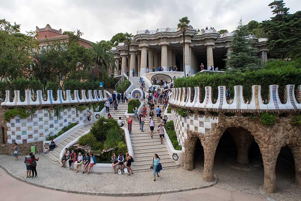 Достопримечательность Барселоны — Парк Гуэль