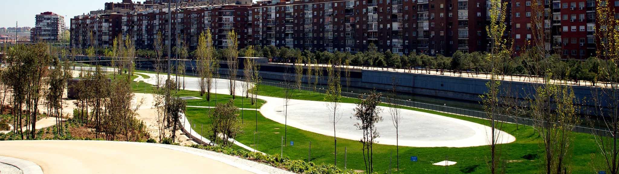Парк Мадрид Рио в Мадриде, Испания