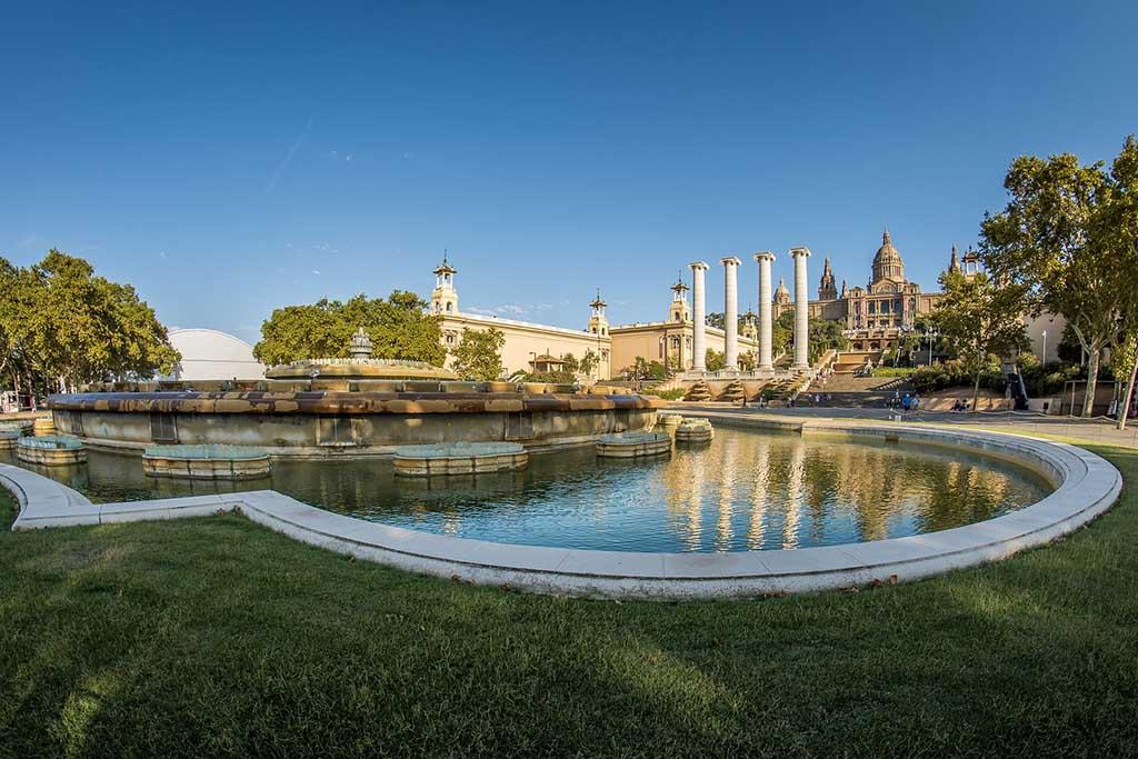 В каких районах Барселоны находятся парки