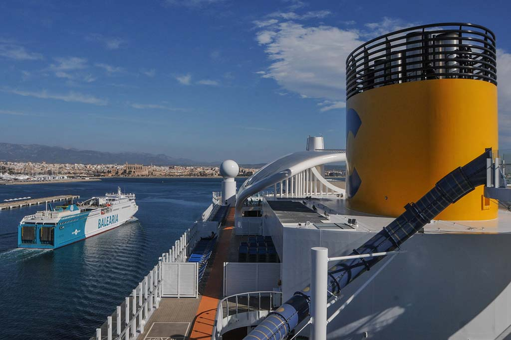 Паромы Майорки — как добраться на Мальорку