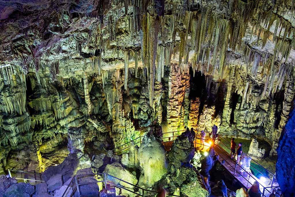 Пещера Психро — достопримечательности Крит