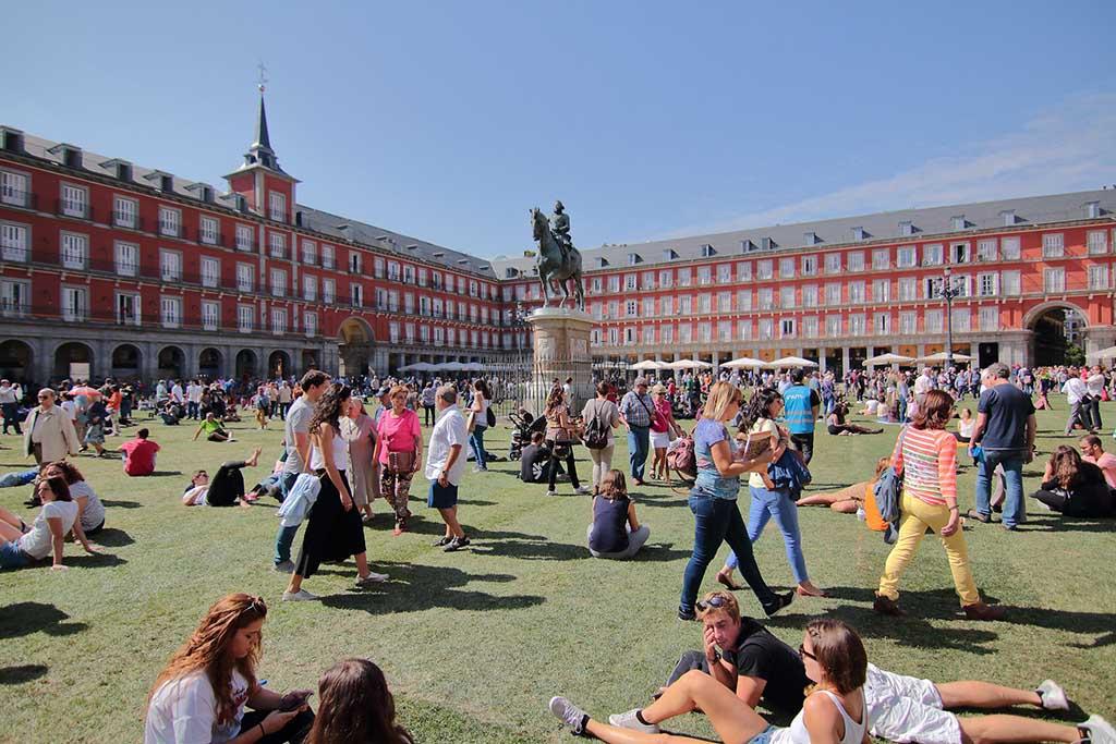 Когда лучше посетить площадь Пласа Майор, Мадрид
