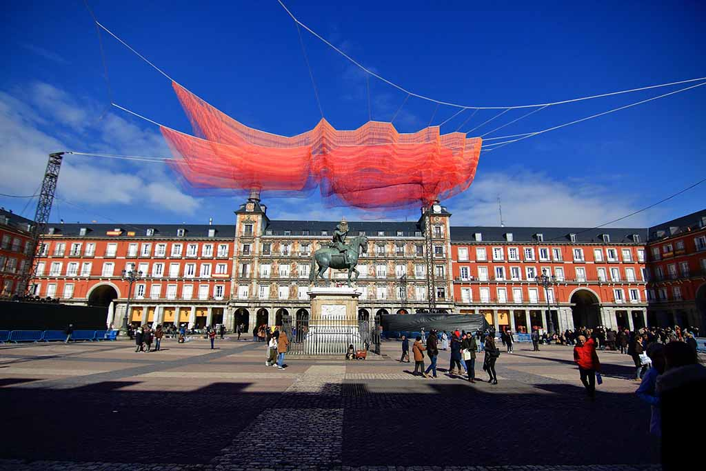 Plaza Mayor — центральная площадь Мадрида