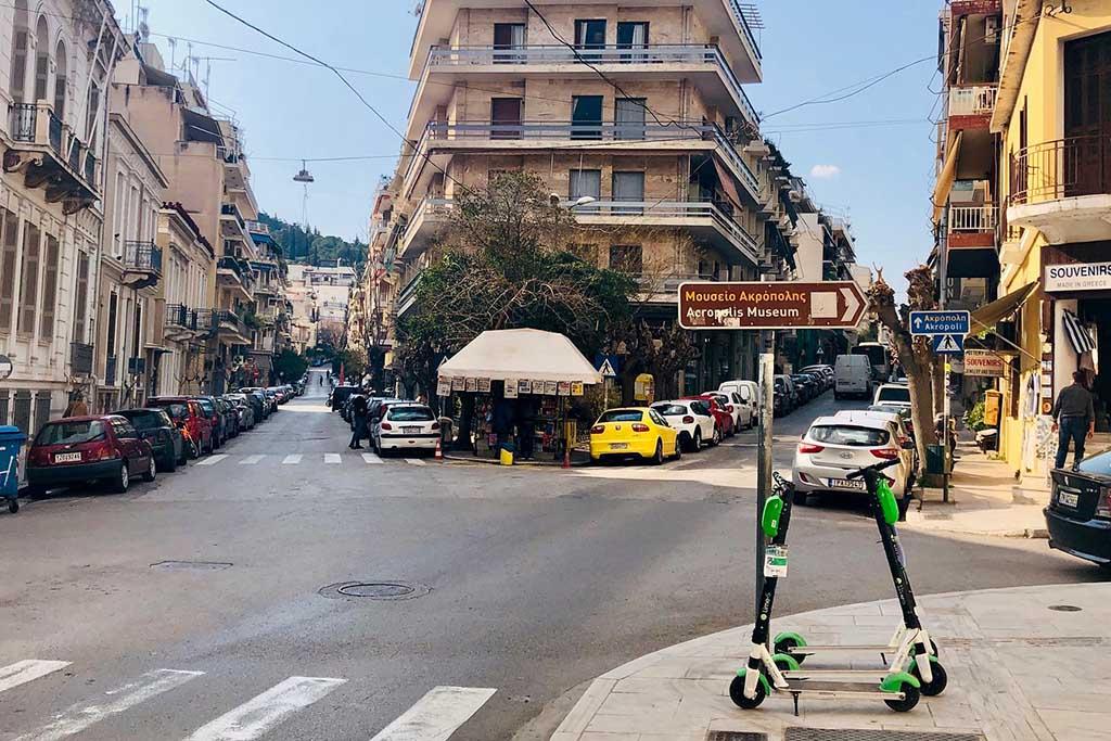 Машина напрокат в Греции