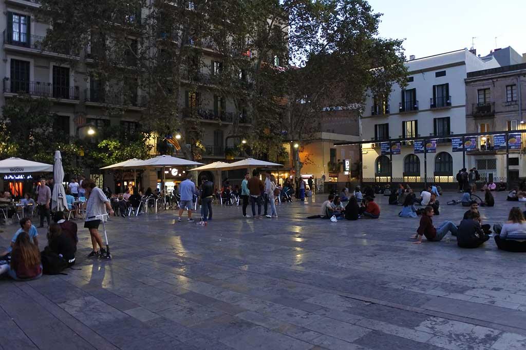 В каком районе жить в Барселоне — район Грасия