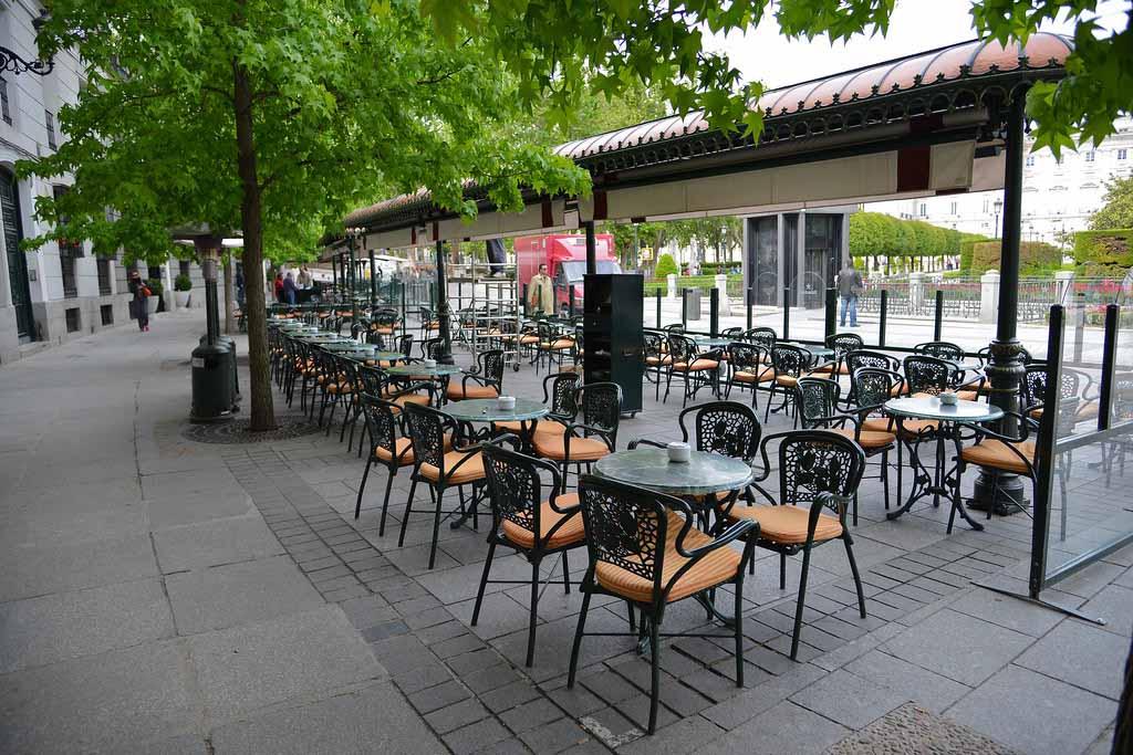 Ресторан Cafe de Oriente на Пласа де Ориенте, Мадрид