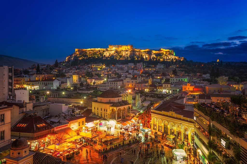 Когда посетить рынок Монастираки, Афины