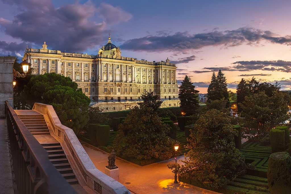 Сады Сабатини — достопримечательности Мадрида