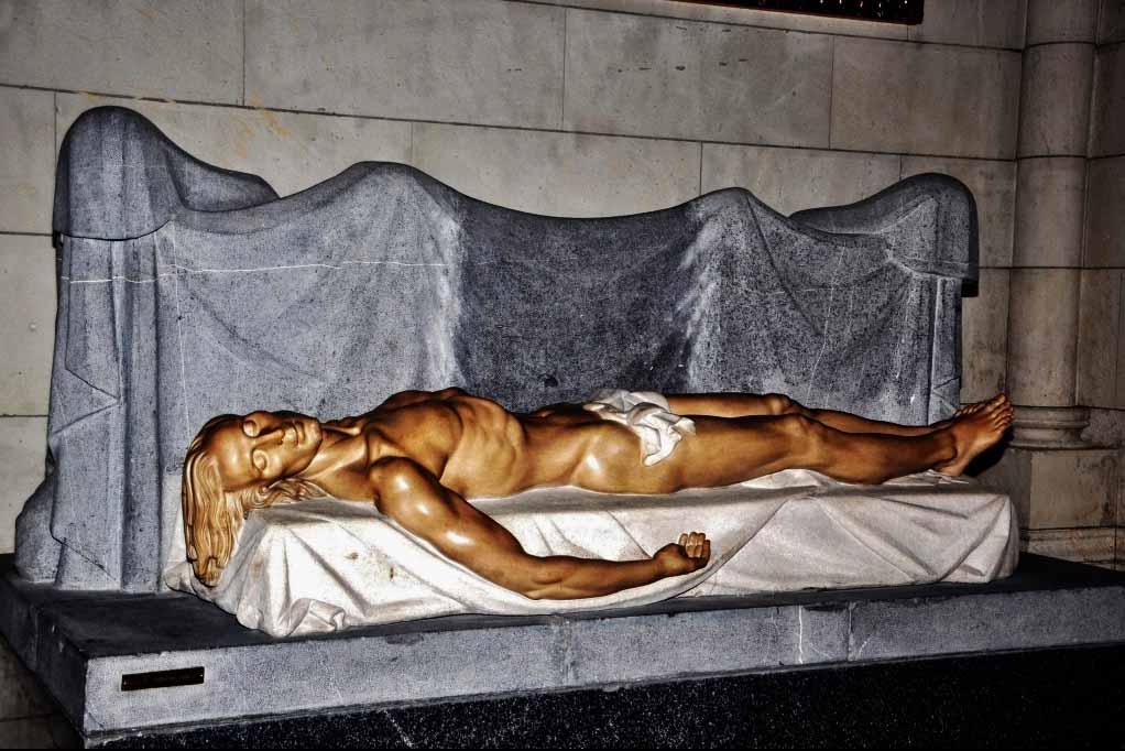 Что посмотреть в соборе Альмудена, Мадрид