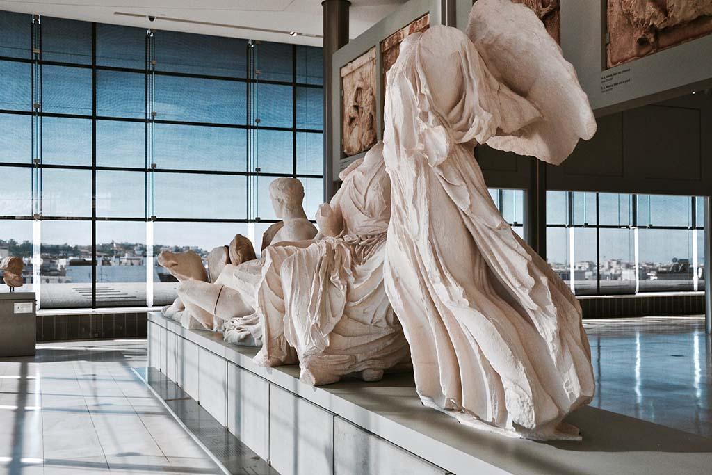 Новый музей Акрополя — достопримечательность Афин